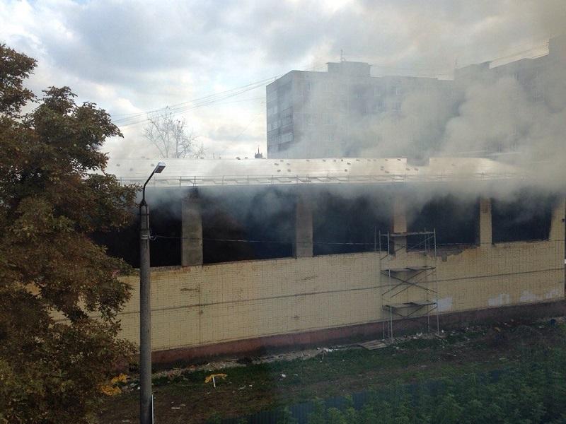 ВОрле загорелось строение закрытой наремонт детской спортивной школы