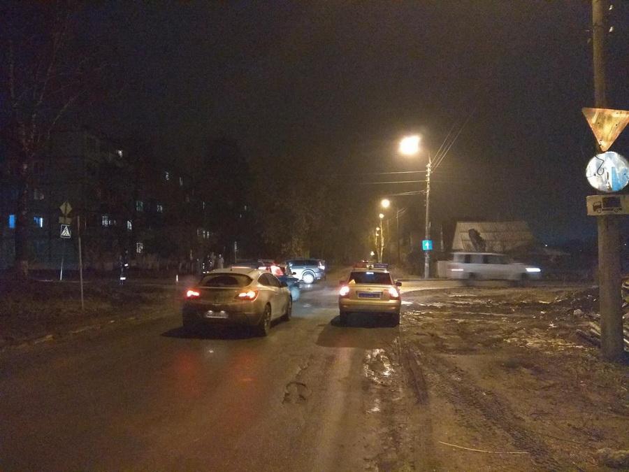 Женщину на ночь Орловская ул. снять проститутку 5-я Красноармейская ул.